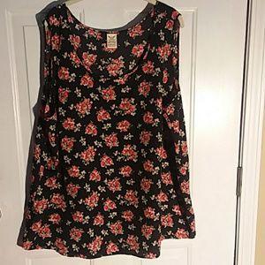 2/$20 sz4x  26w/28w black rose camisole